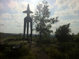 View of the monument at the end of the hike